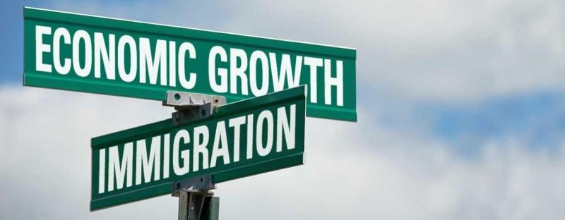 Canada vận hành hơn 80 chương trình nhập cư hạng kinh tế 7