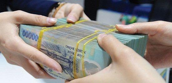 đi nước ngoài được mang bao nhiêu tiền