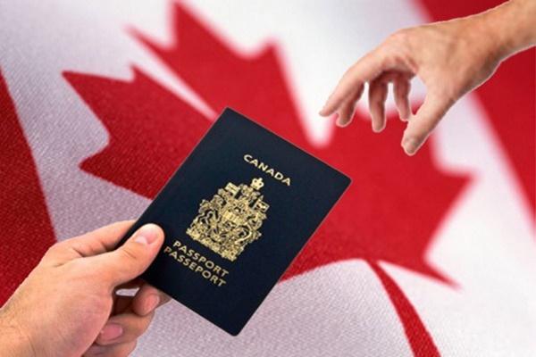 điều kiện nhập quốc tịch canada