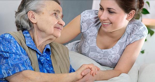 định cư canada diện chăm sóc người già