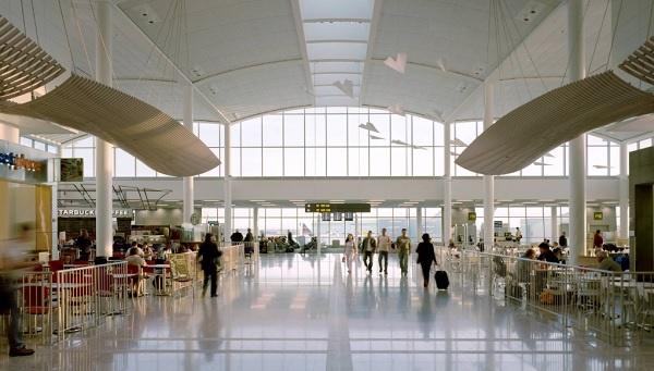 Sân bay Toronto Canada