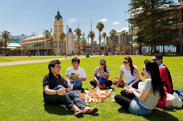 Cuộc sống ở Úc so với Canada - Nơi nào thích hợp để định cư hơn?